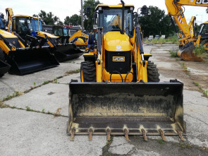 JCB 3CX COMPACT  with low working hours